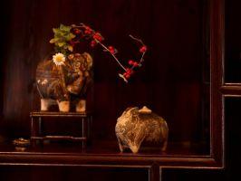 褐釉キンマ石灰壺